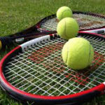 Tennis à proximité du lac de Naussac